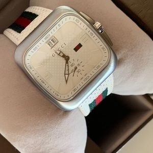 Brand New Authentic Men's Gucci Watch